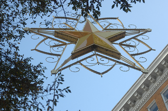 Downtown Orlando Christmas Star Celebrates the Past and the Future