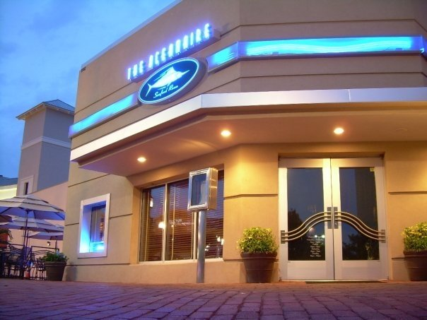 Top 10 romantic restaurants on international drive in for Fish restaurant orlando