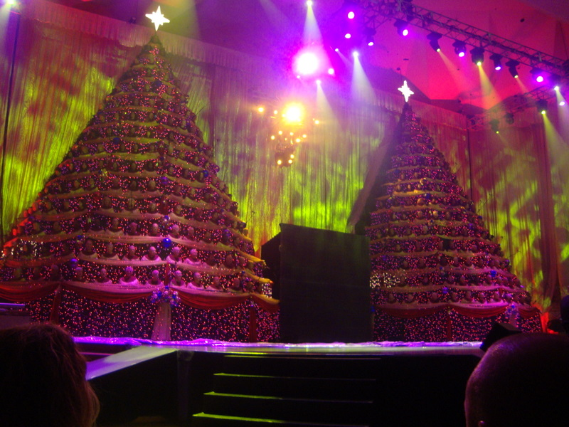 Singing Christmas Tree Orlando.The Singing Christmas Trees 2015 At First Baptist Church Of